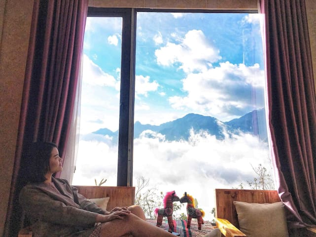 Couple - Cloud View