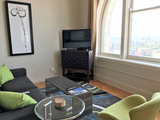 Furnished Penthouse w/ Full wall arched windows