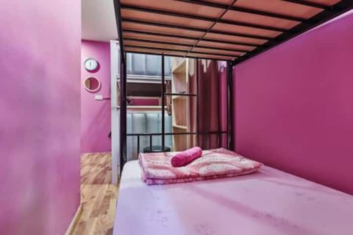 Divas bed/share room at Bugis-Female only