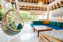 Bali style seminyak  3b beach house