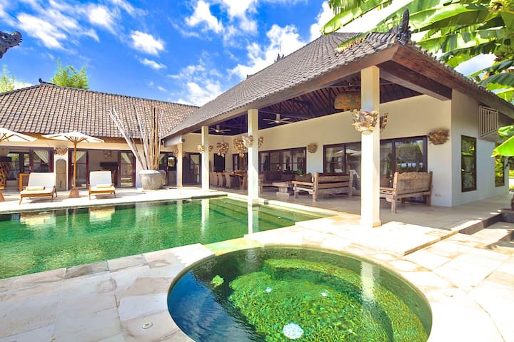 Villa Nujum; your North Bali dream destination