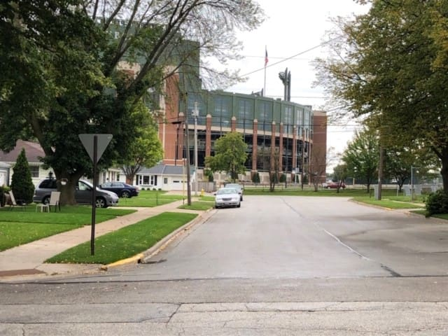 Lambeau Leap House *2 Blocks from Lambeau* Reggie