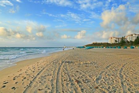Palm Beach Pool View Private Condo DEAL
