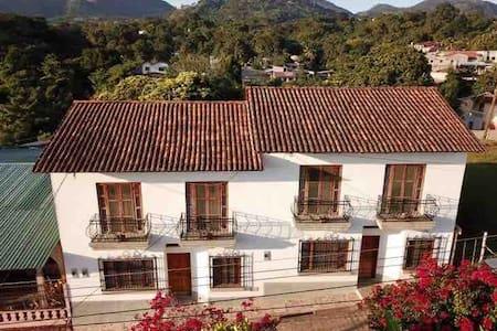 La Casa de Don Santiago Townhouse