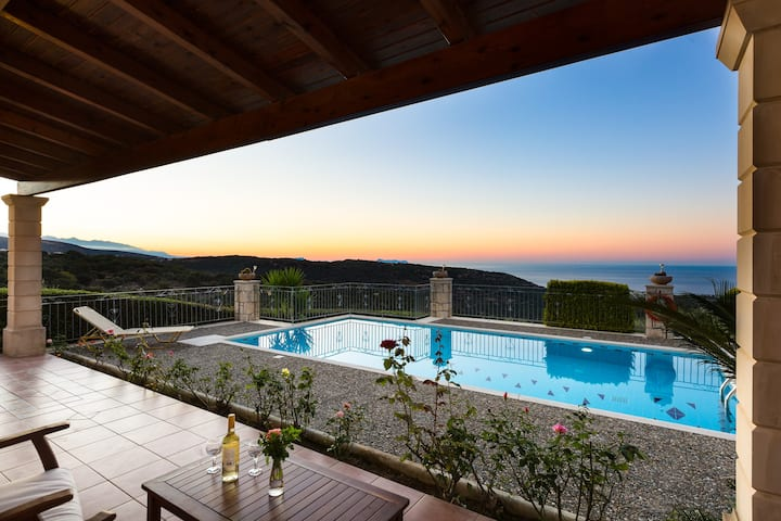 Villa Argiro, 1 bedroom villa with swimming pool