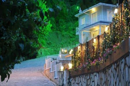Villa Pine İcmeler Marmaris - İçmeler Belediyesi - 別荘