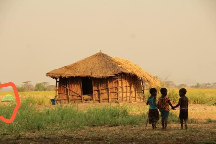 Camp (& make a difference) on Nyachikadza Island