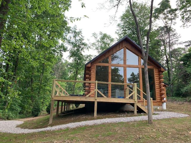 Fern Haven - A modern take on Hocking Hills Cabins