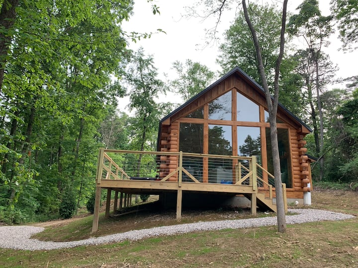 Fern Haven - A modern take on Hocking Hills Cabins