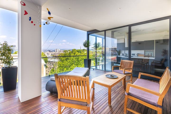 ✿2BR Apt w/ furnished Terrace+views in the city center✿