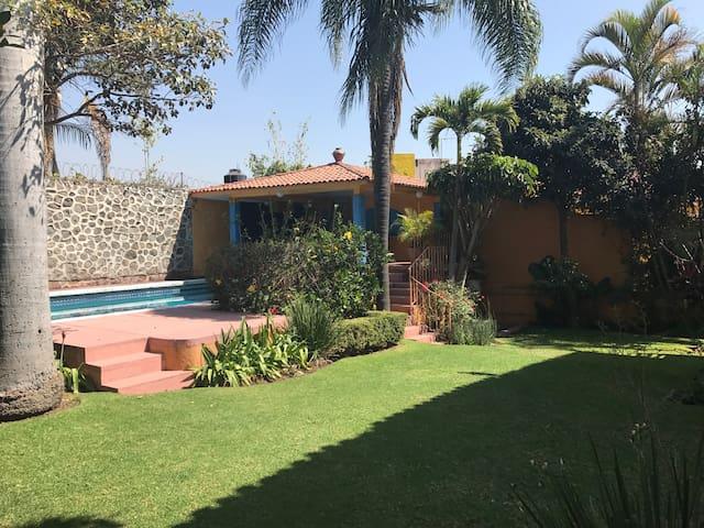 Casa Girasoles
