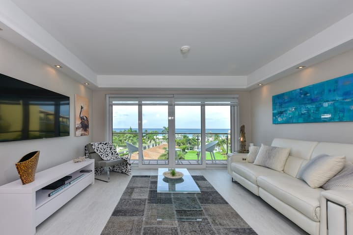 Stunning views  ★ Eagle Beach ★ TOP REVIEWS!