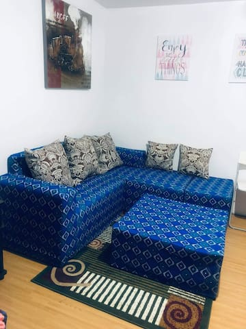 sala set with cover and carpet already