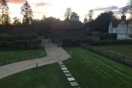 The Stables, Little Marlow