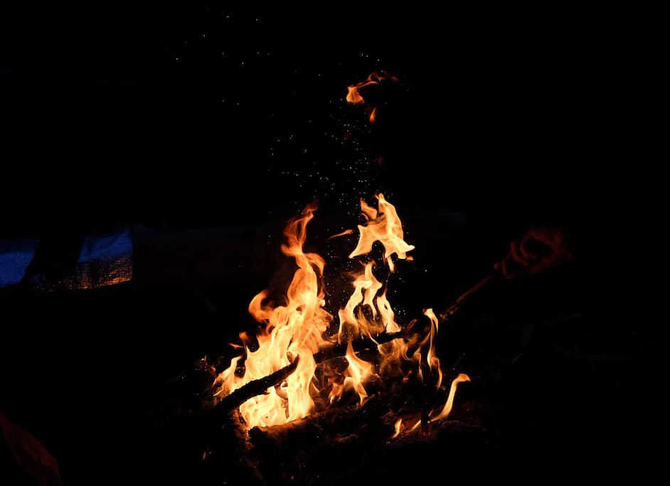 Den Abend am Lagerfeuer ausklingen lassen ist hier Standard.