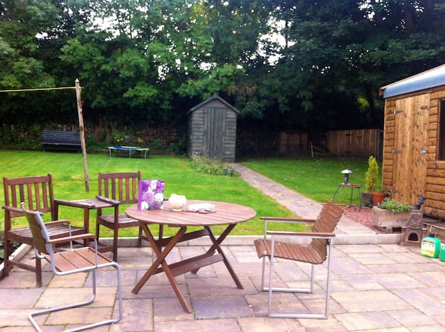 Linlithgow Airbnb - Linlithgow - House