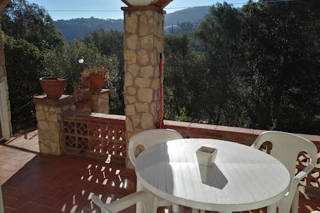 Studio with indoor terrace for 2 in beautiful area - Sa Riera