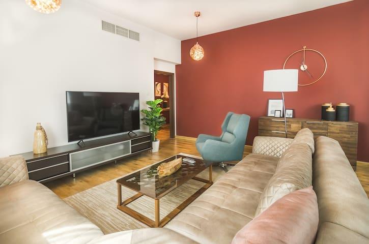 Living room Large TV,  soft sofa, spacious