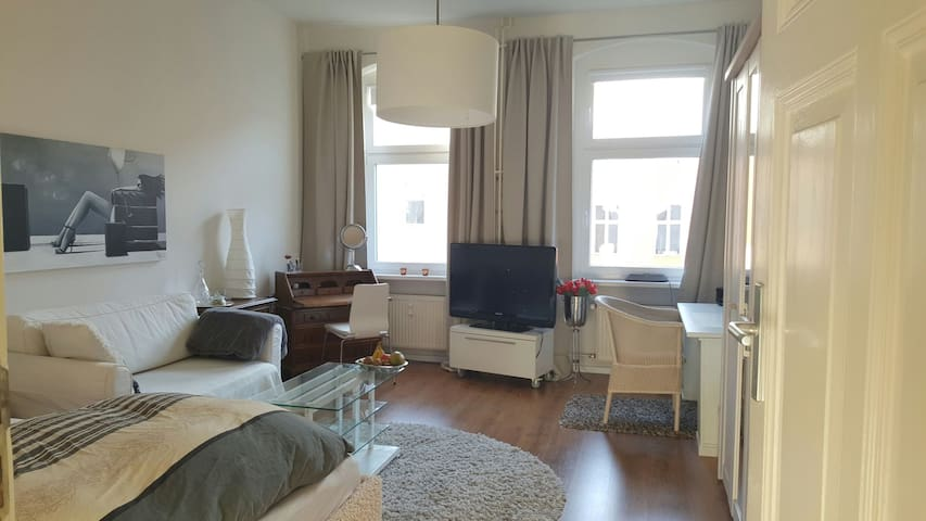Renovated apartment in the center of Berlin - Berlin - Apartemen