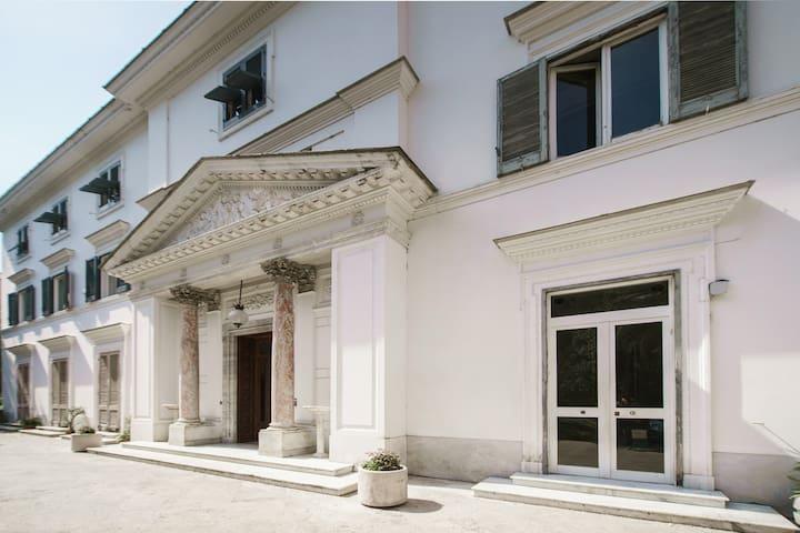 Casa Wenner 1 - Napoli Center Chiaia Plebiscito