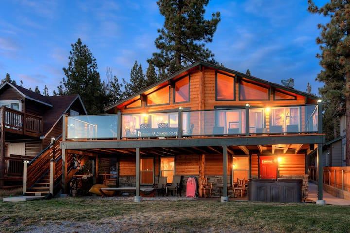 Blue Moon Lake Lodge - Big Bear