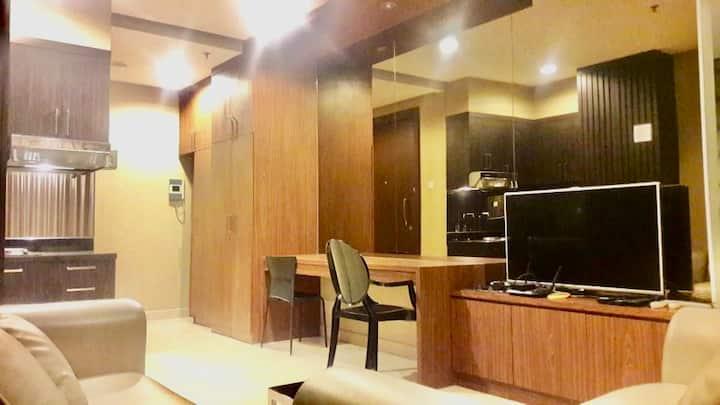 Contemporary Style Apartment-the Mansion at Kemang