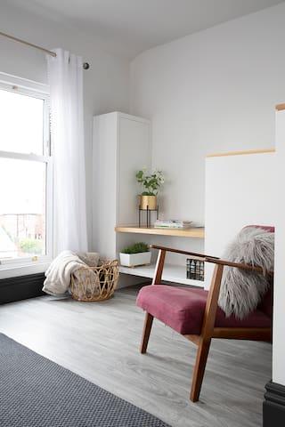 Beautiful first floor apartment