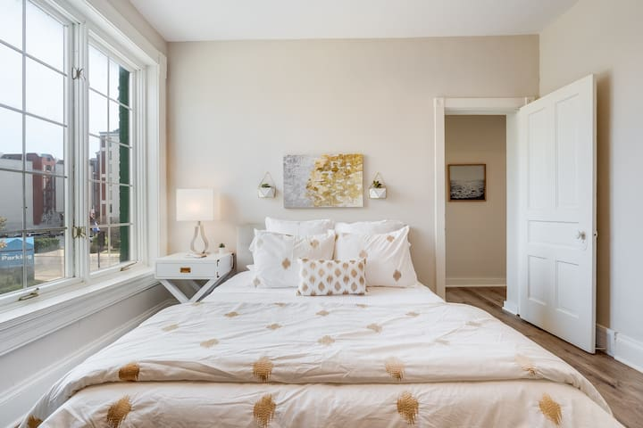 Sleep in luxurious bedding. This room has a Smart Tv