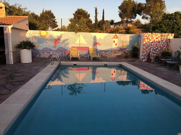 Chalet con piscinaprivada a 20 minutos de Valencia