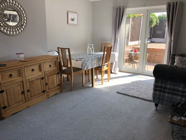 3 Bed Well Presented House close to City Centre