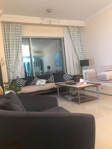 Luxury room N westbay regency residence for 10 dys