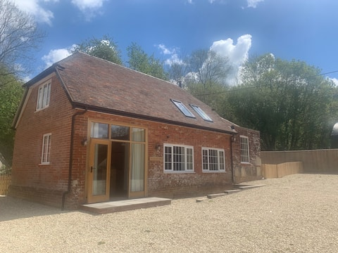 The Saw Mill Cottage, West Tytherley.