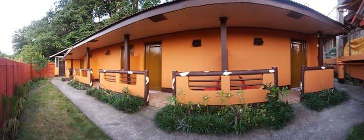 Montana Place Studio-Type 4 rooms w/ Breakfast