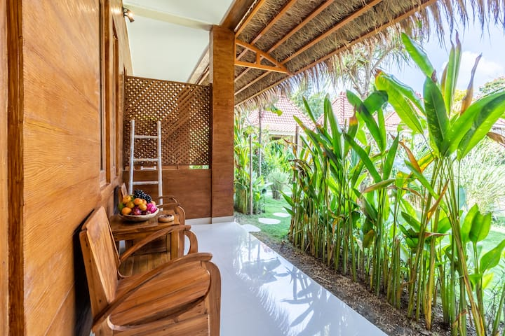 Comfy Room in Canggu, 5mins to Batu Bolong Beach