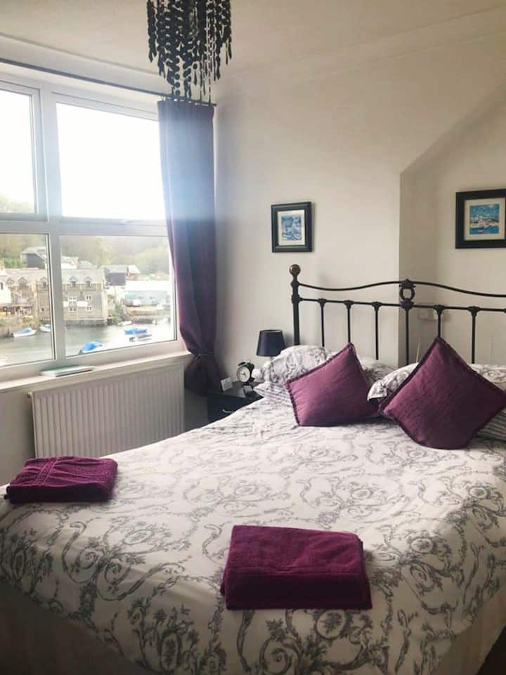 Double ensuite room with view in Bed and Breakfast