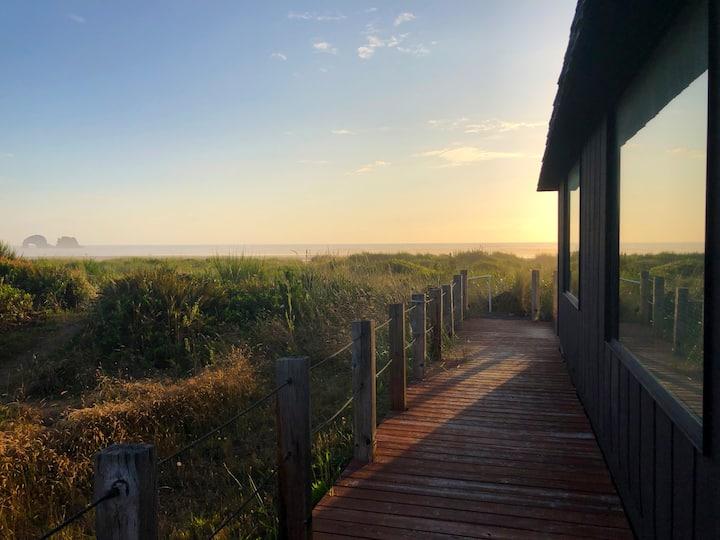 New Listing!  Oceanfront home in Rockaway Beach!