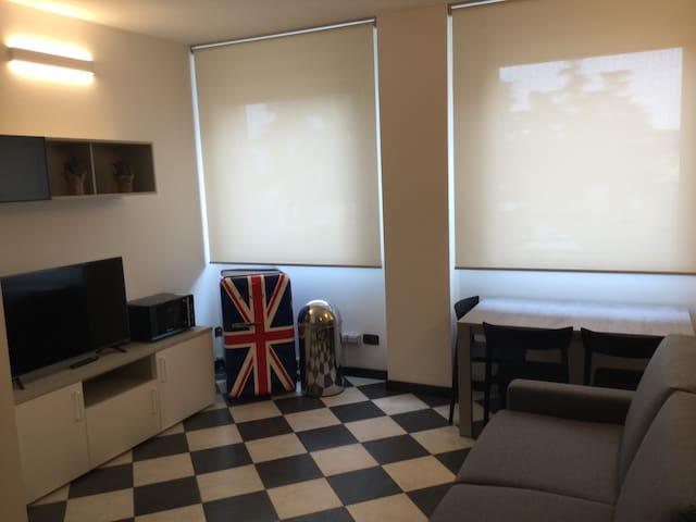 SUB 14 Suite Apartment