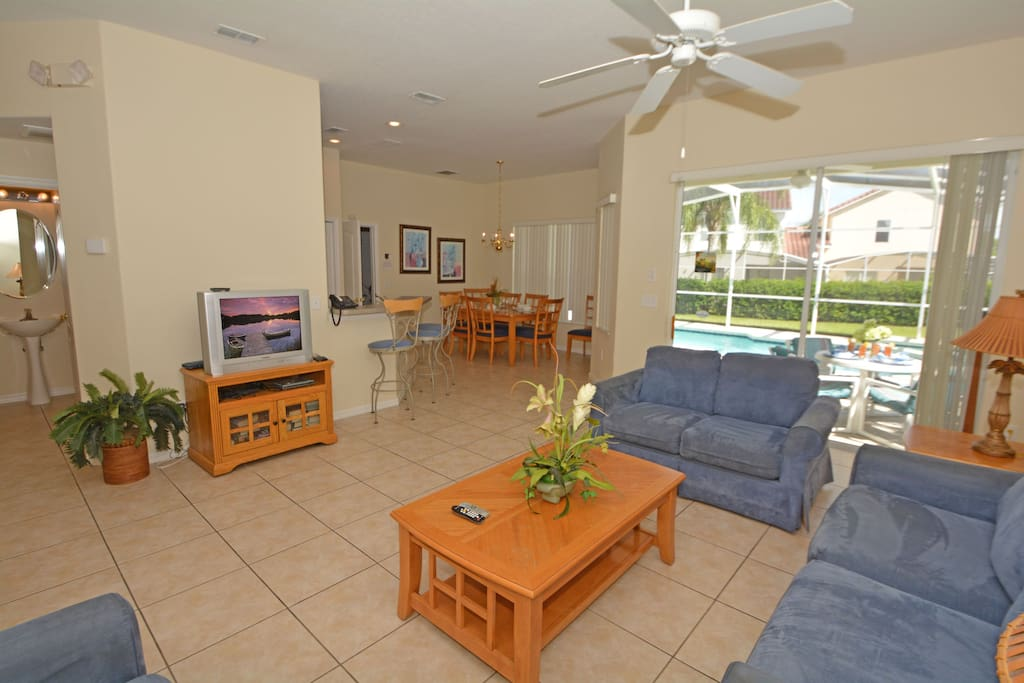 Couch, Furniture, Entertainment Center, Indoors, Room