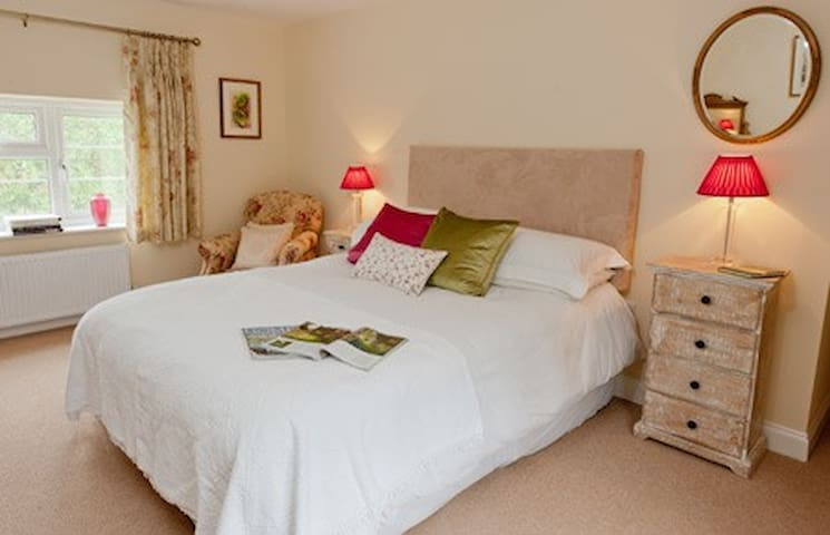 Coppice View Bed and Breakfast - Homer - Bed & Breakfast