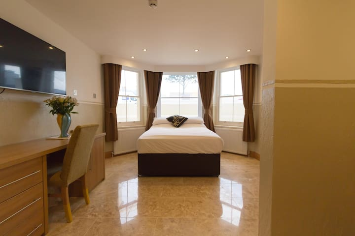 Executive Apartment - Eastbourne - Apartment
