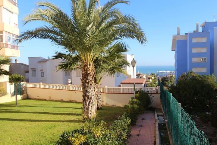 Торревьеха,Ла Мата, Испания, рядом с морем