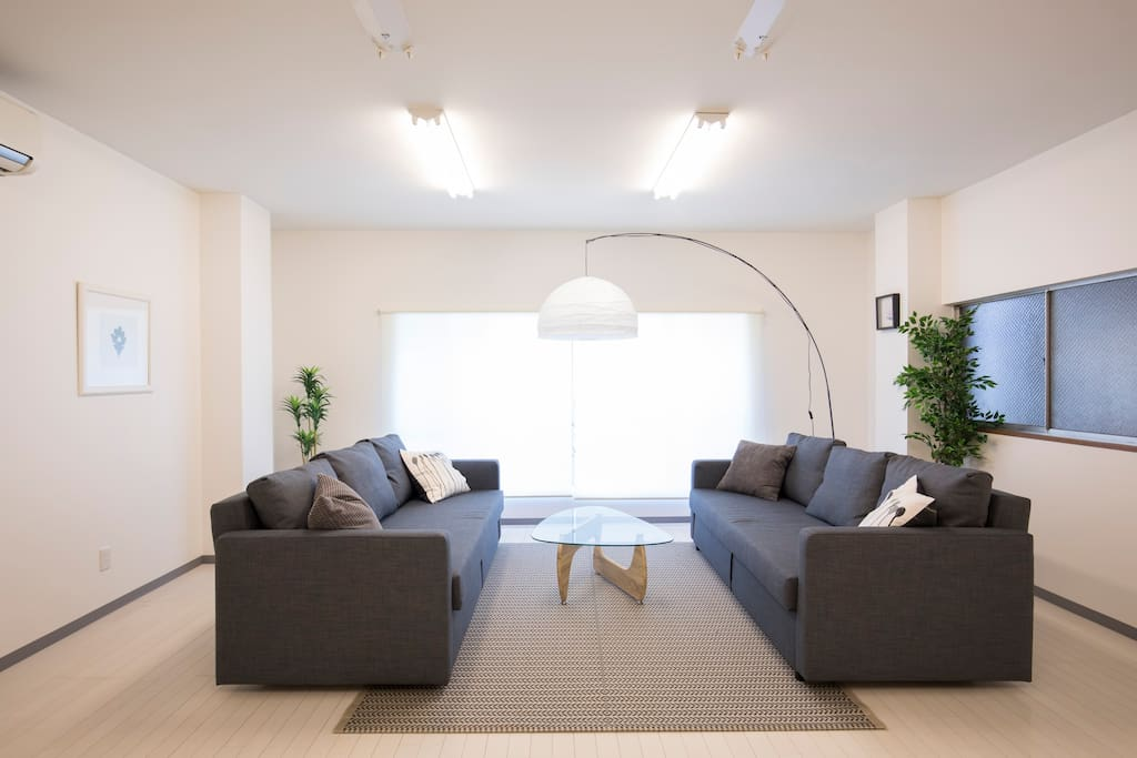 Thrid floor is very open spacious and sunny for just relaxing indoors.