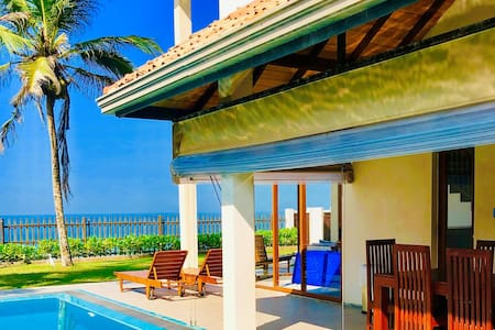 Sand Villa - Beachfront Private Pool - Luxury 3BR