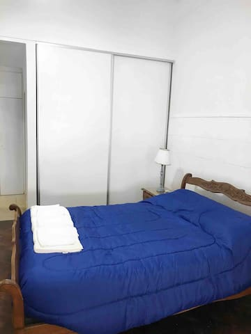 Habitación con cama matrimonial (doble )