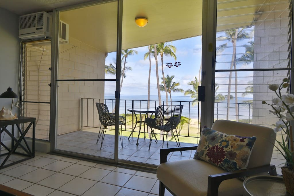 Private lanai space with incredible views