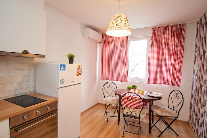 NEW! Amazing stay in Central place in Burgas