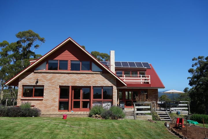 Large cozy home for six on 40 private hectares