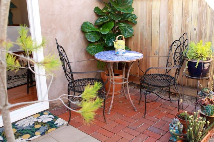 Luxury Private Garden Suite Retreat in Kensington