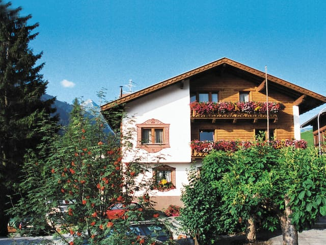 Apartment Haus am Schönbach for 7 persons