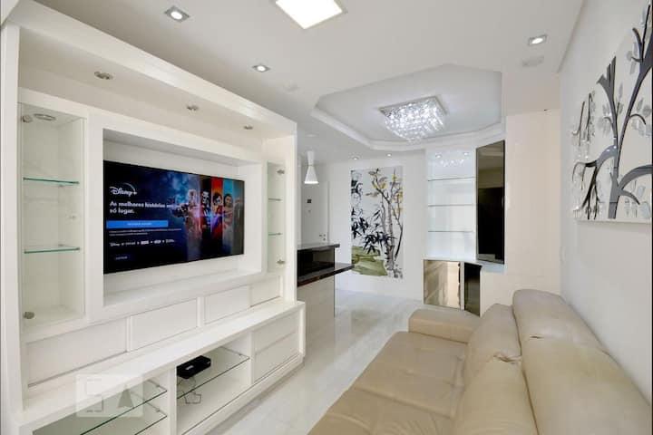 Lindo, Confortável e Moderno | Wifi | 5min Metrô